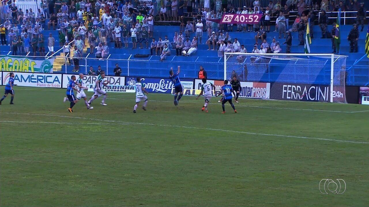Nonato perde grande chance após rebote de Marcelo Rangel!