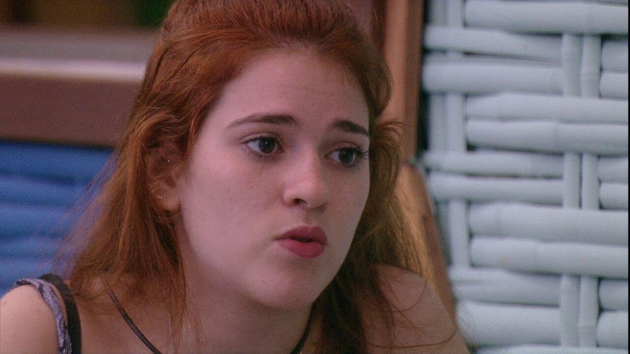 Ana Clara relembra liderança com Gleici e diz: 'Passei horas falando de você.'