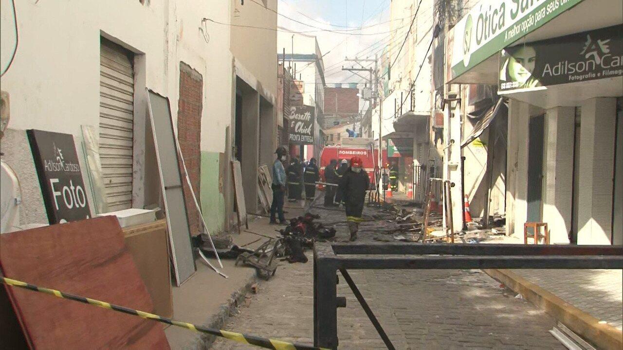 Incêndio atinge lojas no centro de Juazeiro