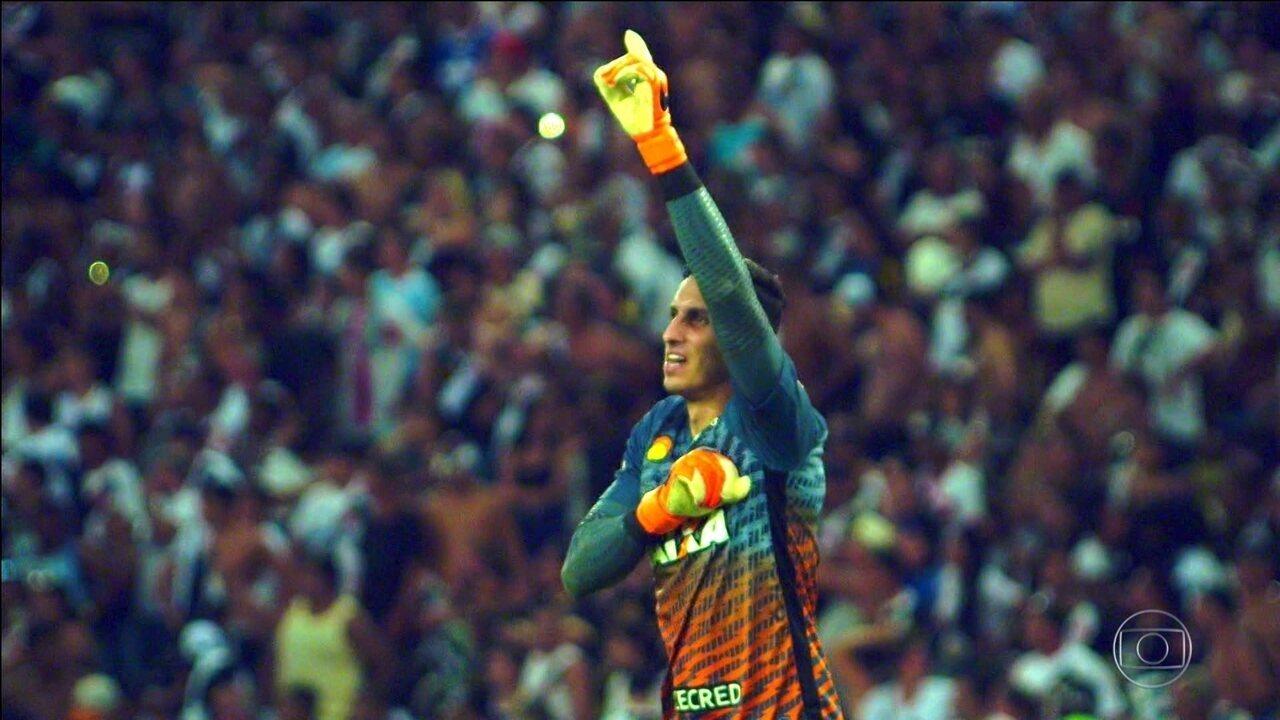 Gatito Fernández brilha nos pênaltis e garante o título do Carioca ao Botafogo