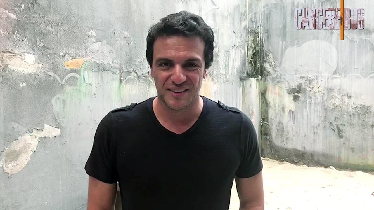 Rodrigo Lombardi convida para a estreia