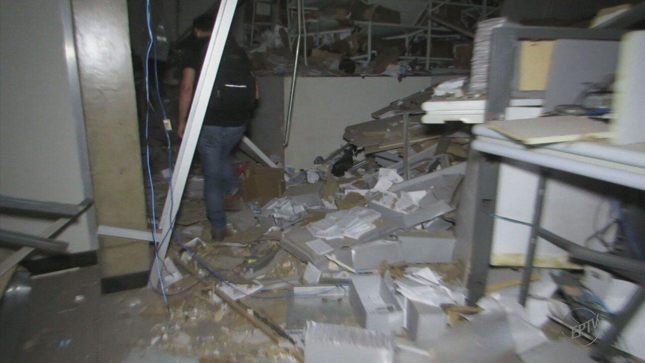 Suspeitos de dar cobertura a assaltantes que explodiram bancos são liberados em Passos