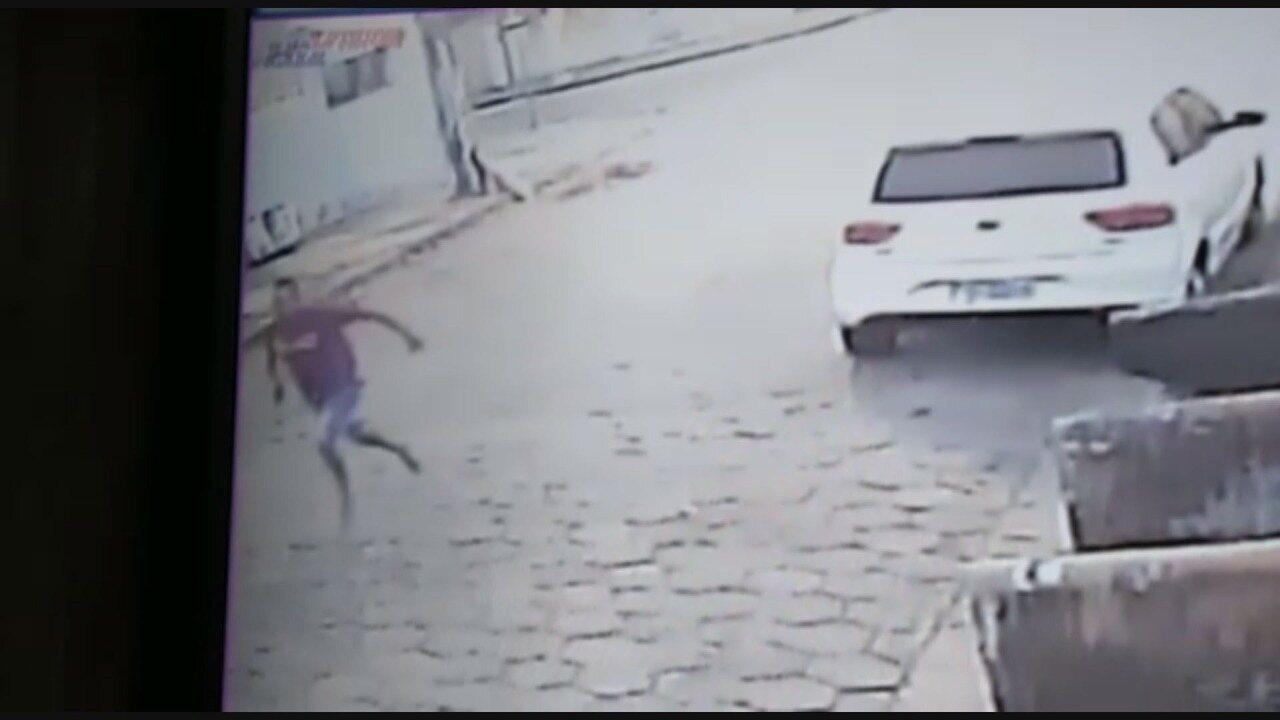 Bombeiro é morto a tiros em São Vicente, SP