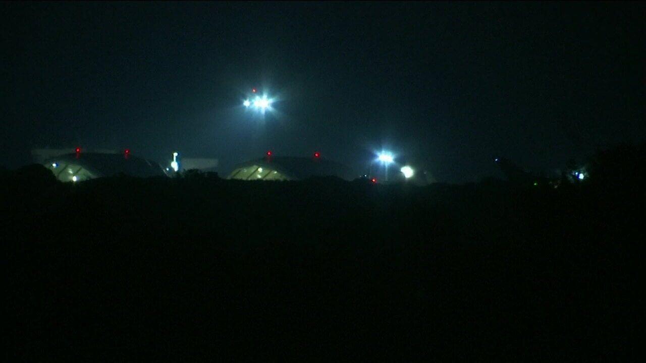 Primeiras explosões são ouvidas em Damasco