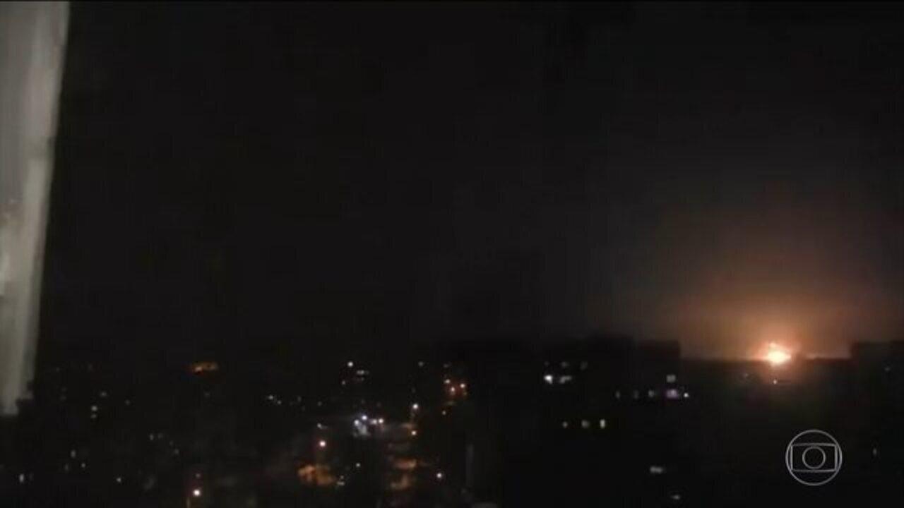 Síria afirma que usou sistema anti-aéreo para impedir mísseis americanos