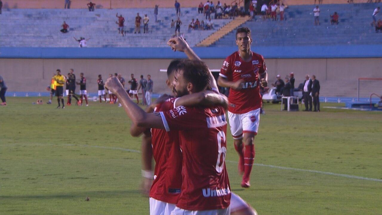 Confira os melhores momentos de Vila Nova-GO 1x0 Avaí pela Série B