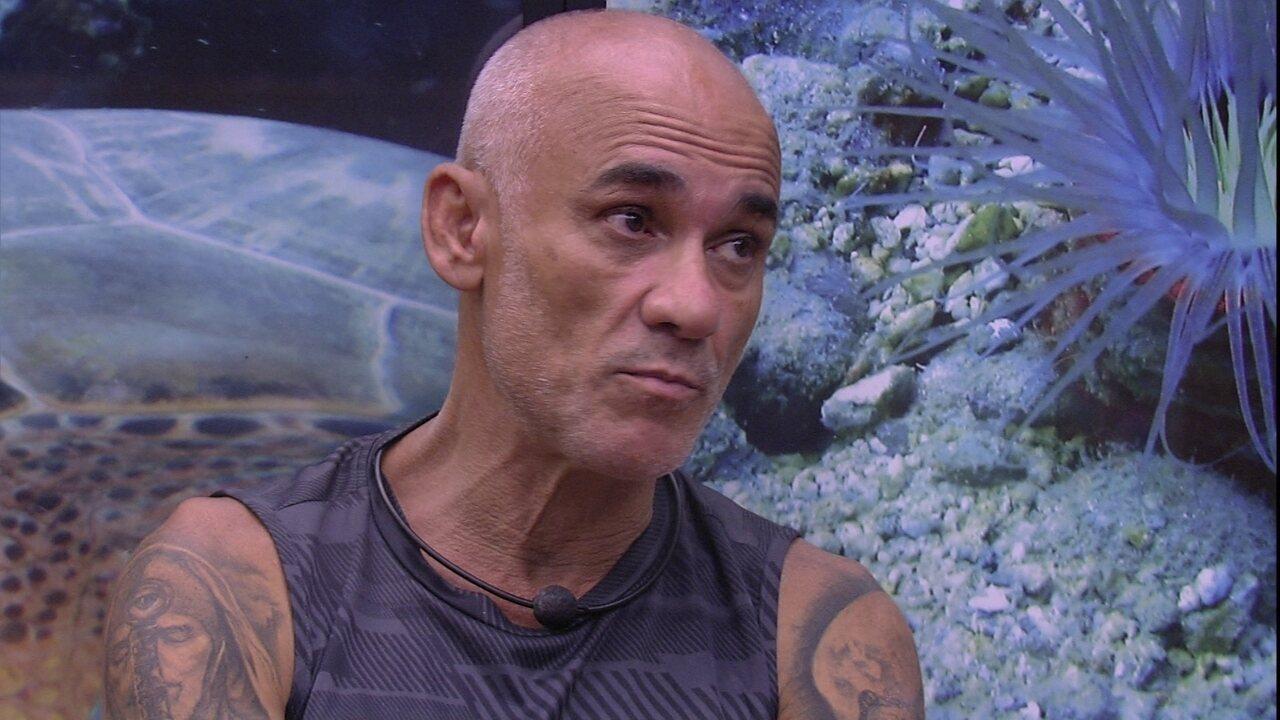 Ayrton conta para Paula e Breno: 'É muito ruim ficar sozinho aqui'