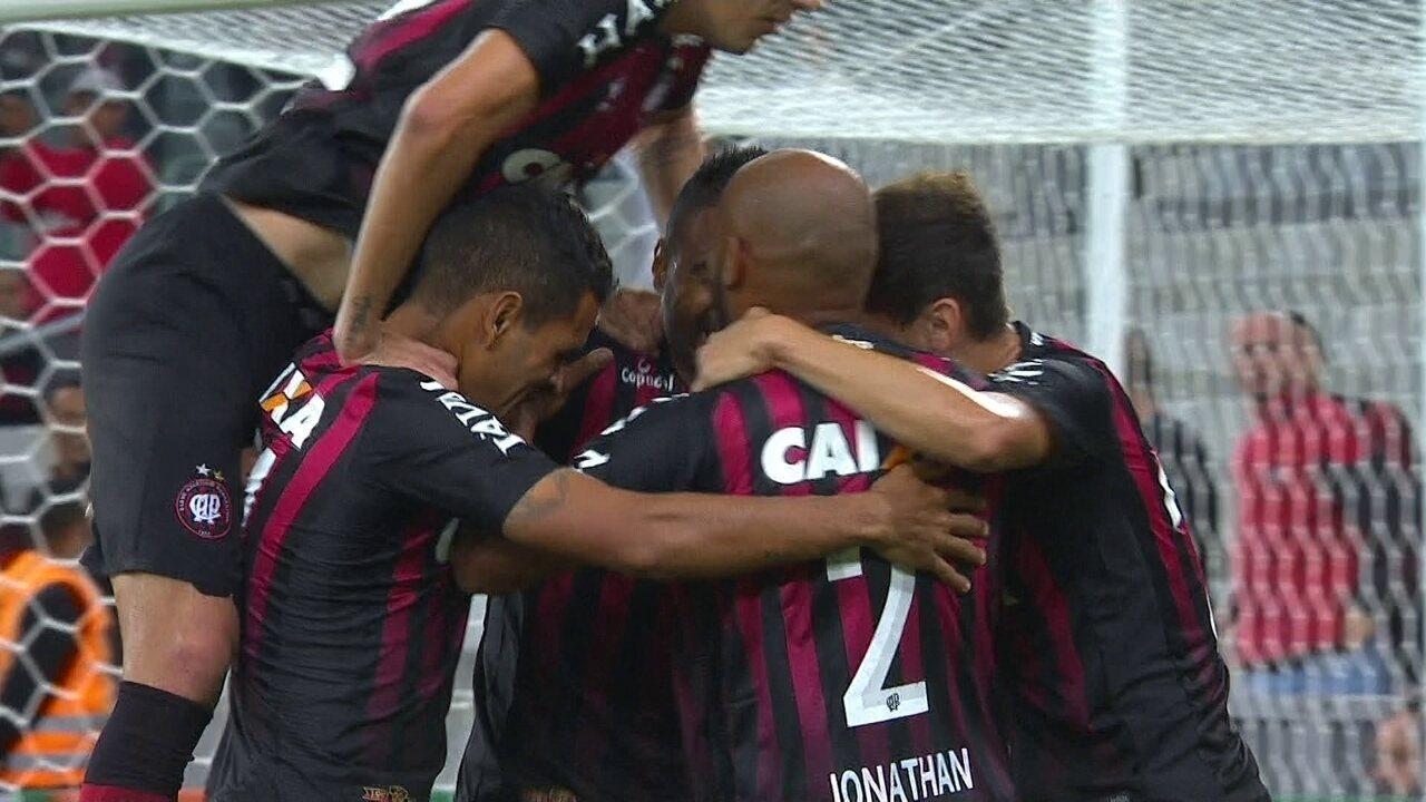 Os gols de Atlético-PR 5 x 1 Chapecoense pela 1ª rodada do Brasileirão 2018