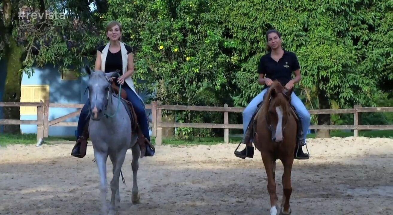 Teresa Freitas conheceu uma galera que é apaixonada por cavalos, neste sábado (14)