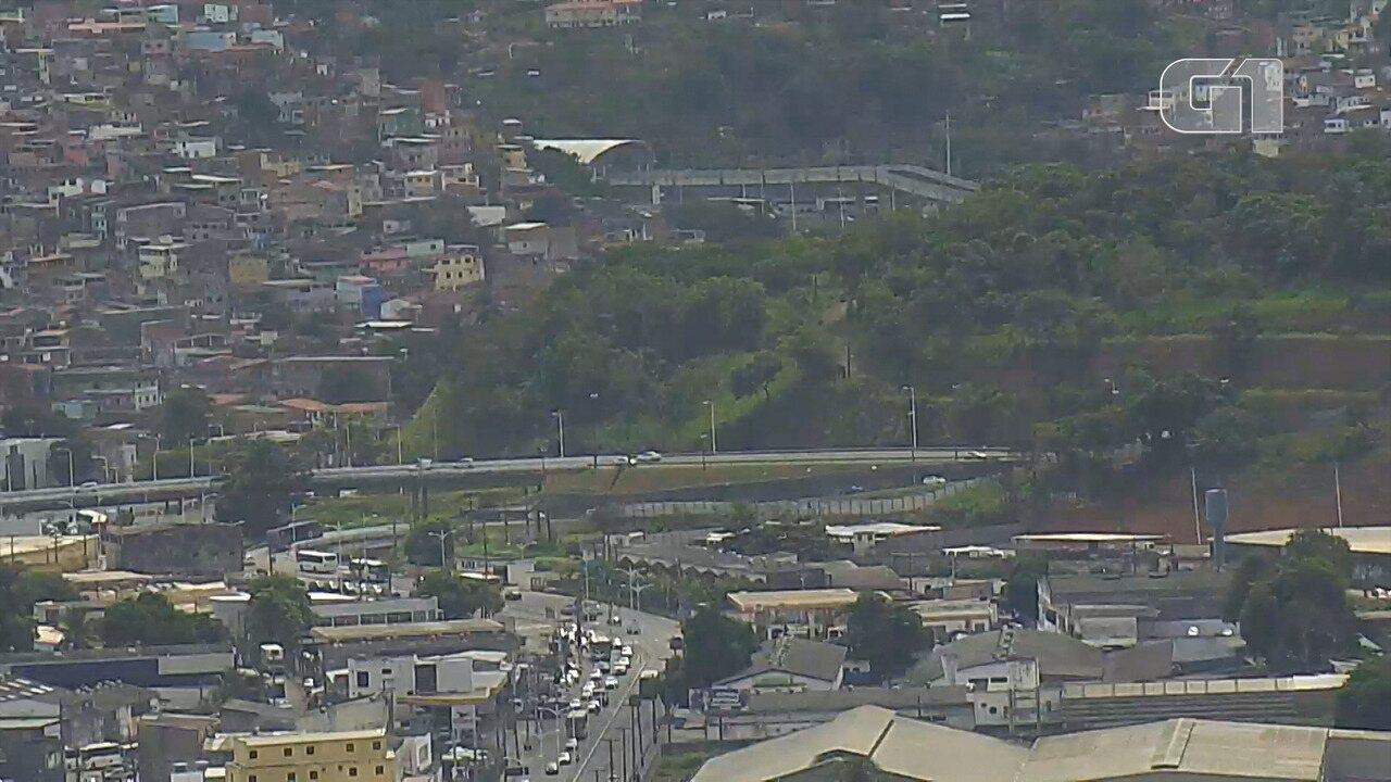 Veja imagens do trânsito na região do Retiro às 10h35