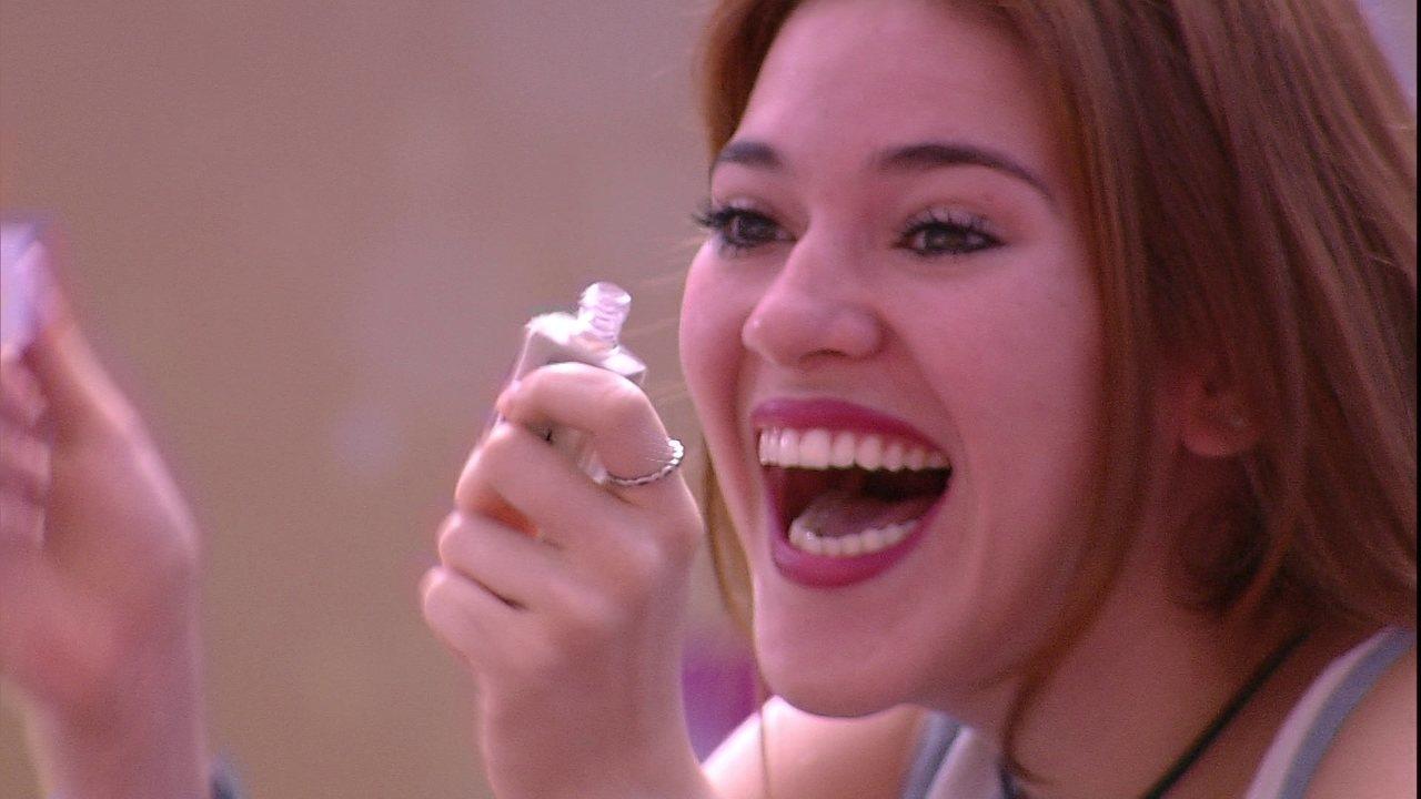 Ana Clara conquista R$20 mil em barras de ouro