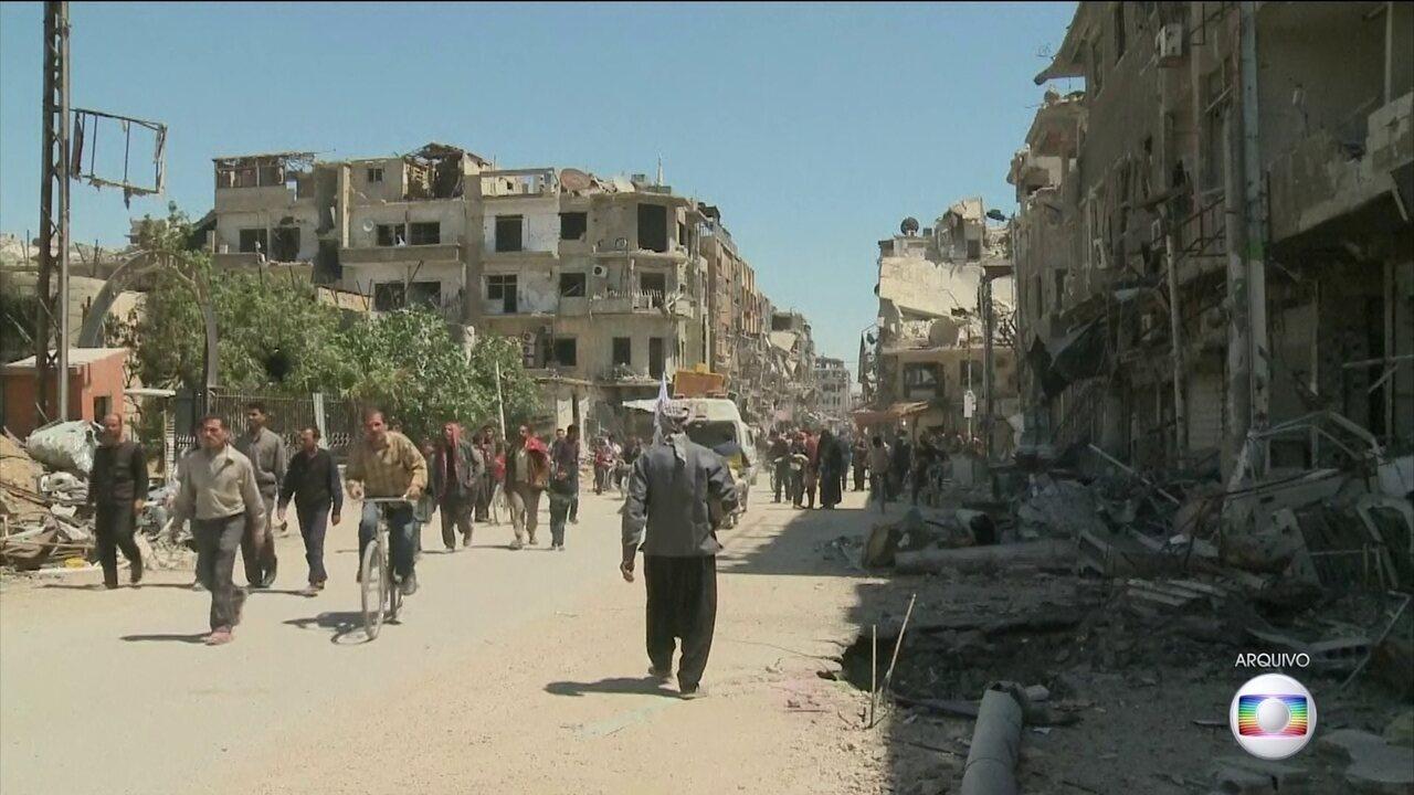 Especialistas internacionais chegam em Douma, na Síria
