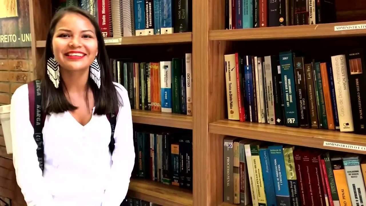 Estudante conta emoção que sentiu ao saber da aprovação no vestibular indígena da UnB