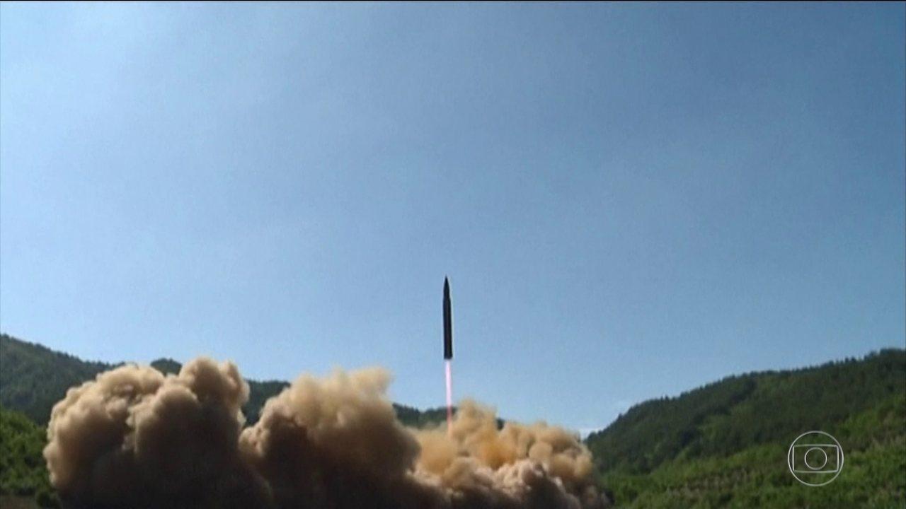Governo da Coreia do Norte suspende testes nucleares e com mísseis
