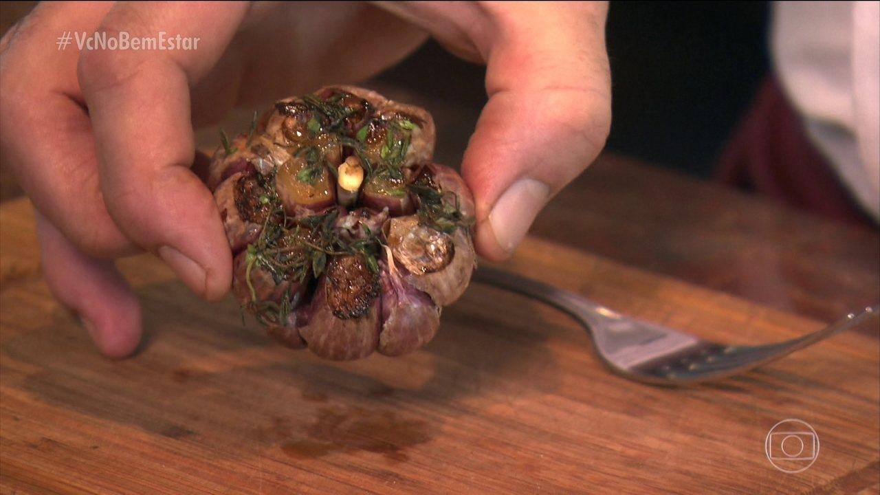 Veja receitas com alho assado