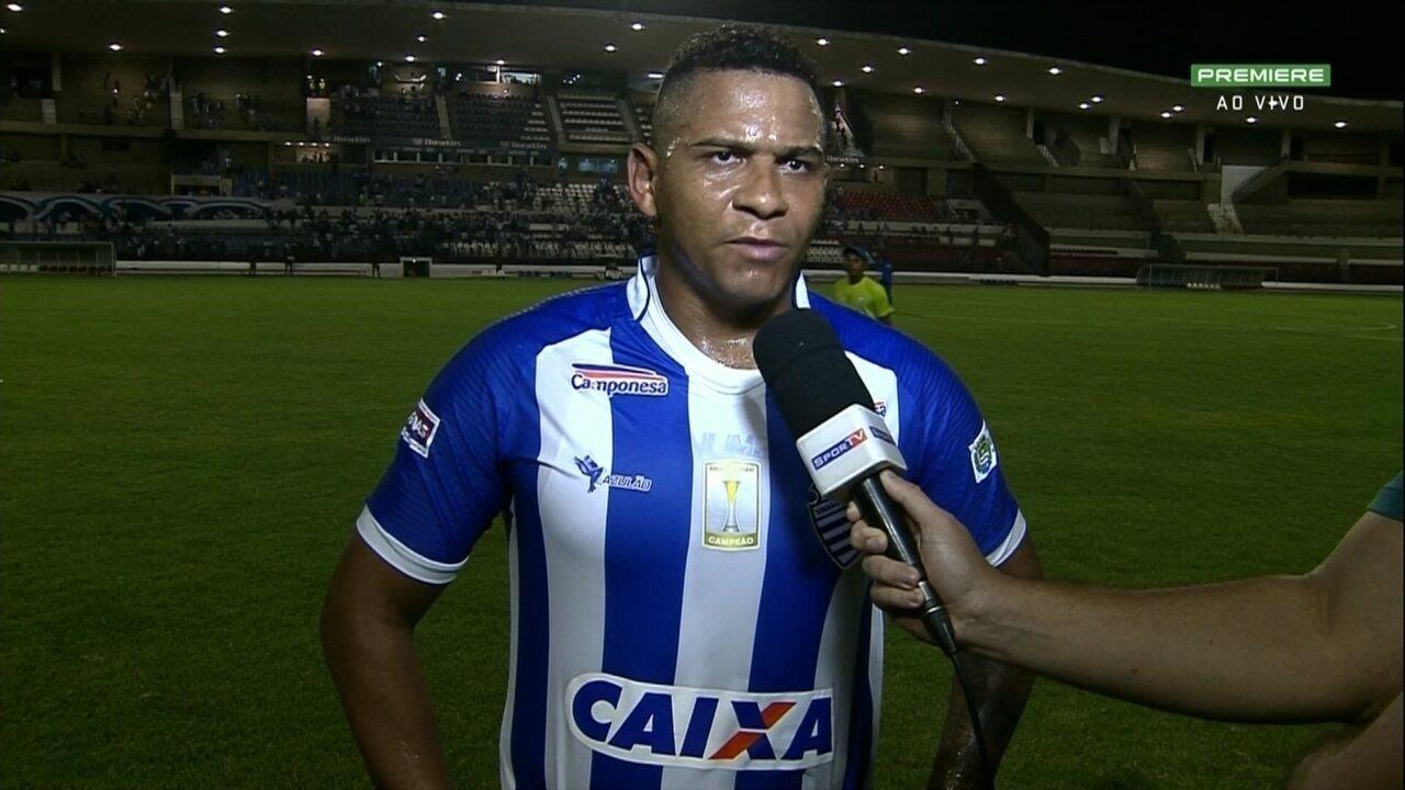 Walter comemora estreia com gol pelo CSA: