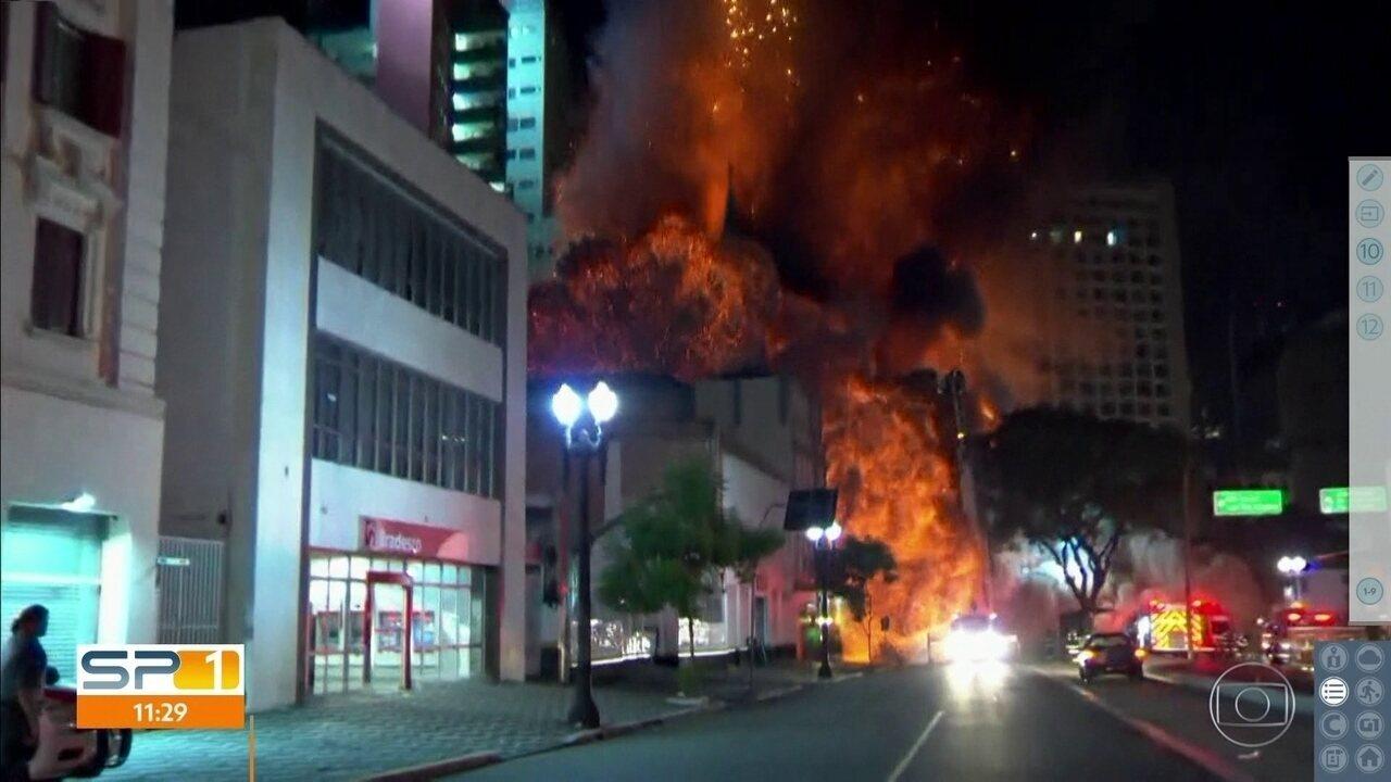 Imagens mostram momento em que prédio desaba no centro de SP