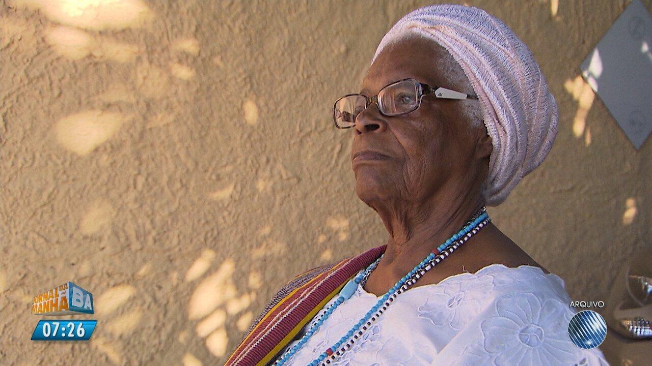 Dia de festa: Mãe Stella de Oxóssi comemora 93 anos
