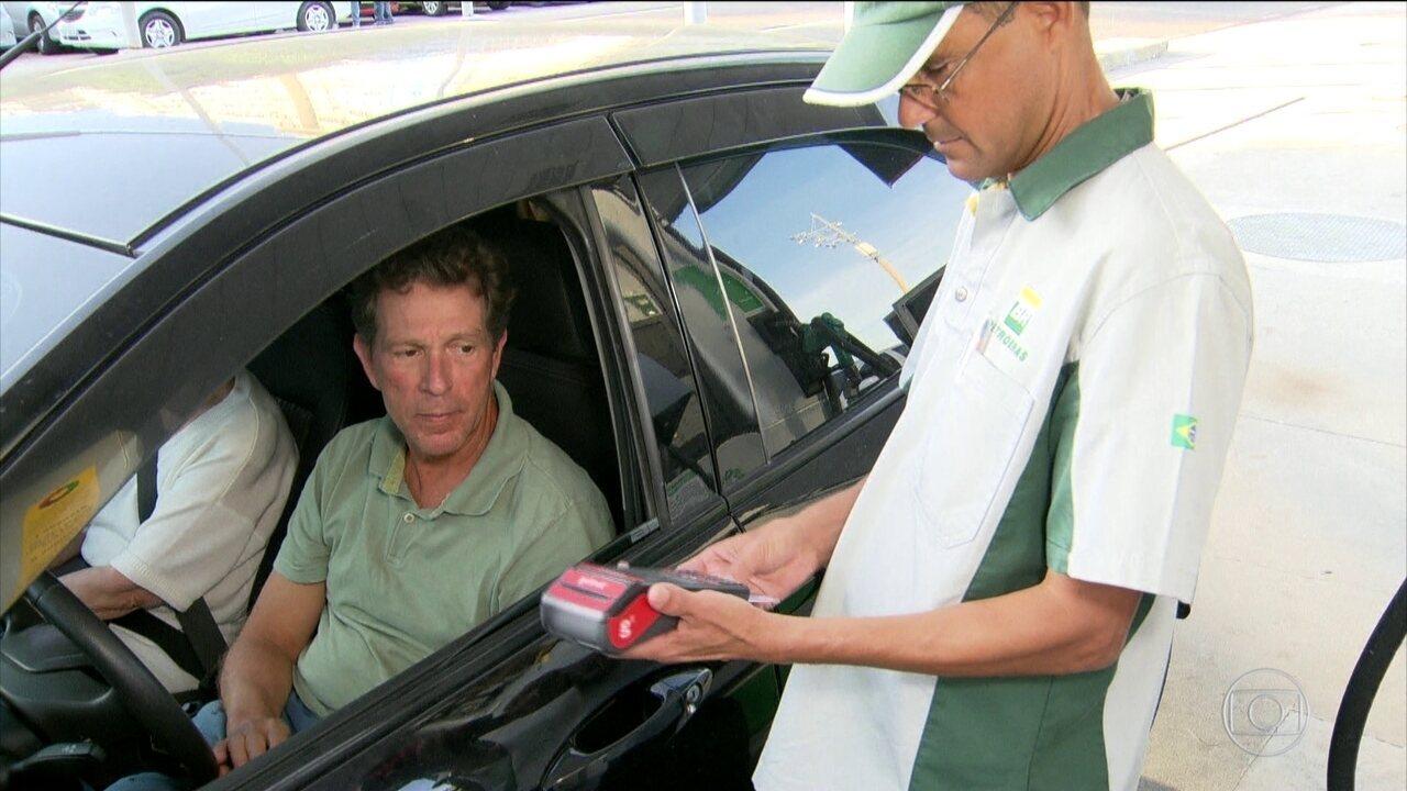 Gasolina acumula alta de quase 20% e preocupa consumidores