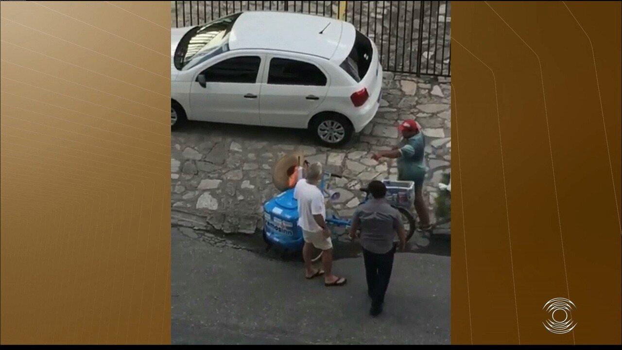 Um vendedor de sorvete foi agredido em João Pessoa
