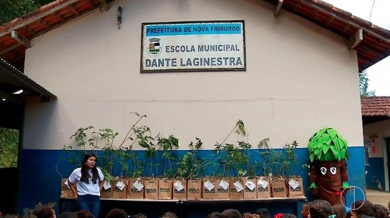 Projeto 'Cidade Verde' realiza ação em escola do Riograndina, em Nova Friburgo, no RJ