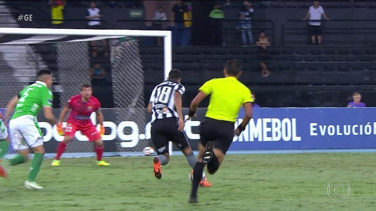 Matheus Fernandes fez seu único gol pelo Botafogo no empate com o Audax, pela Sul-Americana deste ano