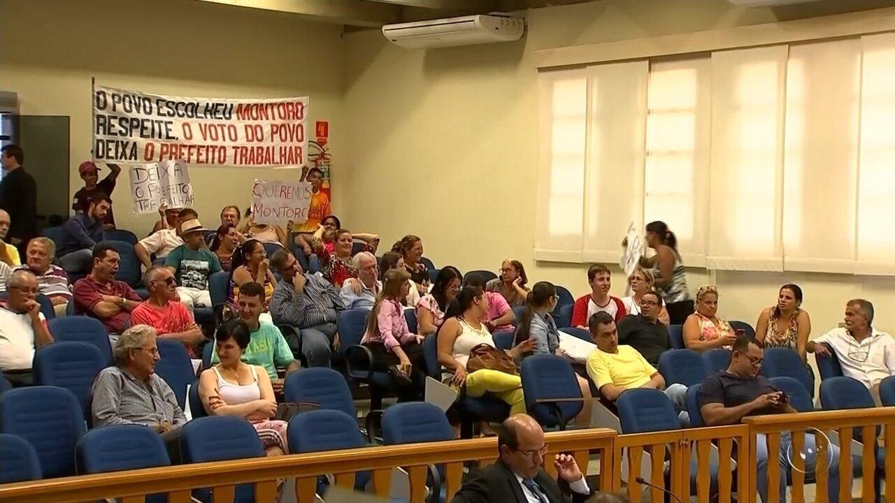 Câmara cassa mandato do prefeito de Monte Aprazível por improbidade administrativa