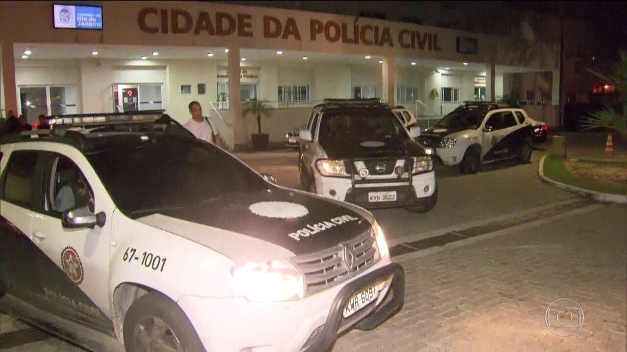 Polícia Civil do RJ faz operação contra o tráfico de drogas