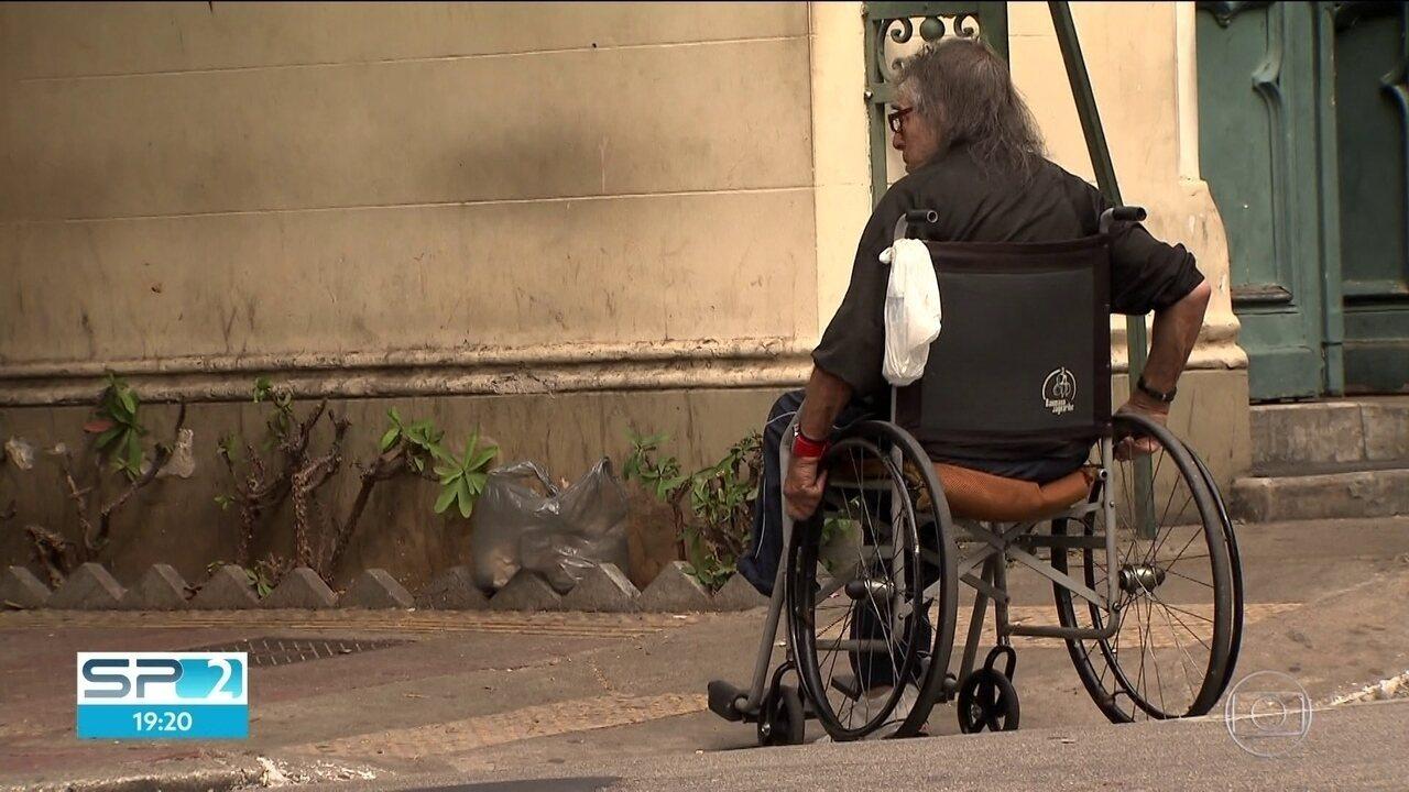 Pacientes da Santa Casa sofrem na fila de espera por procedimentos sem data para acontecer
