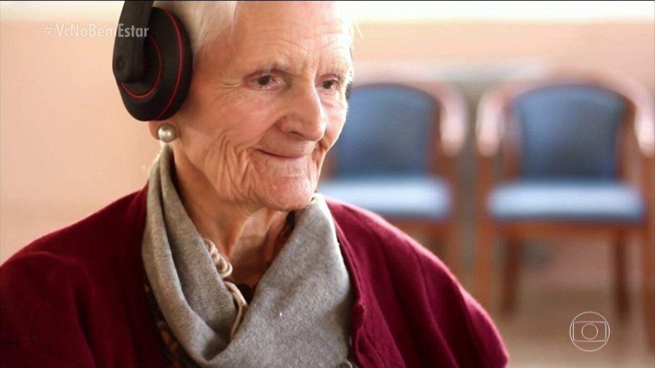 Projeto 'Música para despertar' ajuda pacientes com Alzheimer a resgatar as memórias