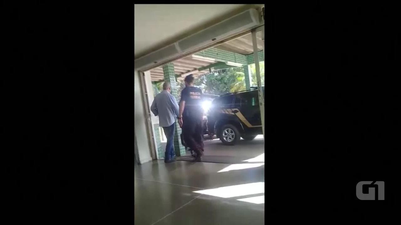José Dirceu se apresentou, fez exames no IML e seguiu para a prisão na Papuda