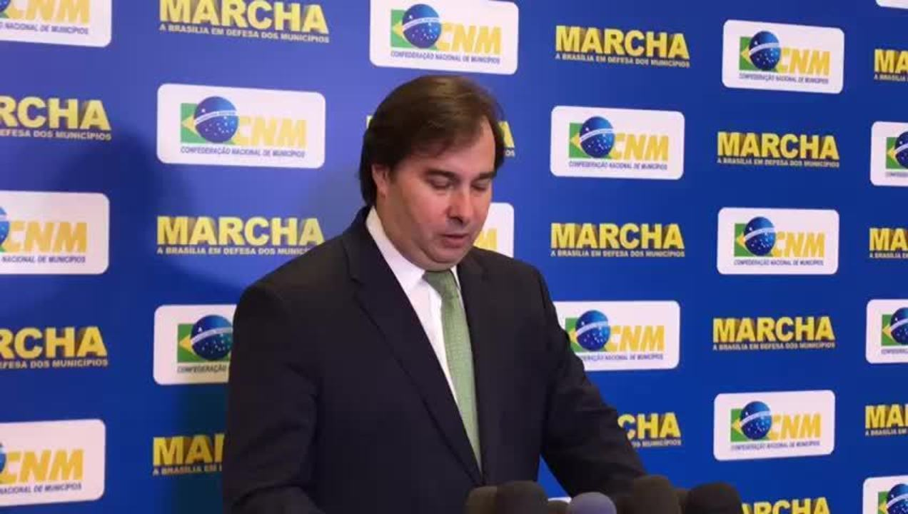 Presidente da Câmara, Rodrigo Maia, fala sobre corte do PIS/Cofins sobre o diesel.