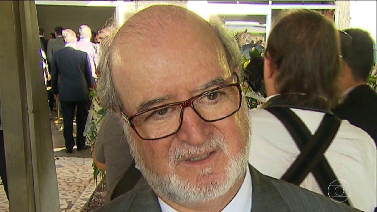 Ex-governador de MG, Eduardo Azeredo, do PSDB, é considerado foragido pela Polícia Civil