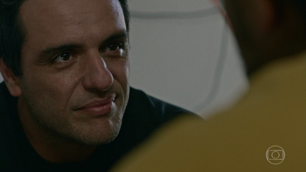 Adriano confronta Mandarim