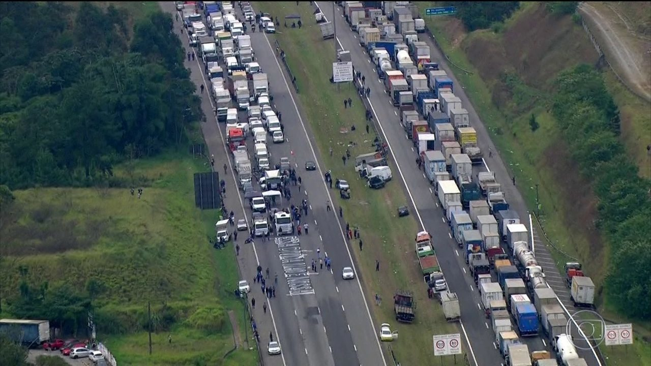 Sem trégua, interdições em estradas chegaram a 938, diz governo