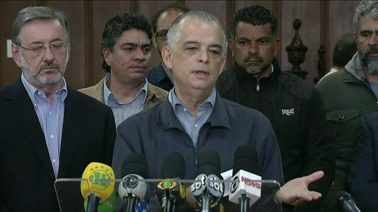 Governador de SP dá coletiva sobre a greve dos caminhoneiros