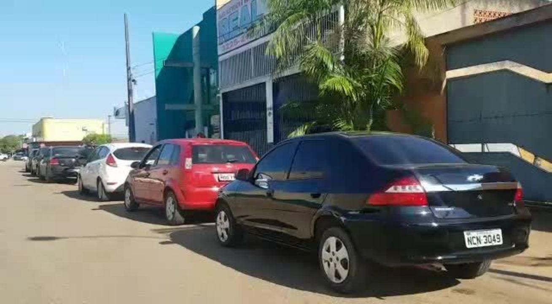 Filas se formam em posto de combustível de Porto Velho para abastecimento