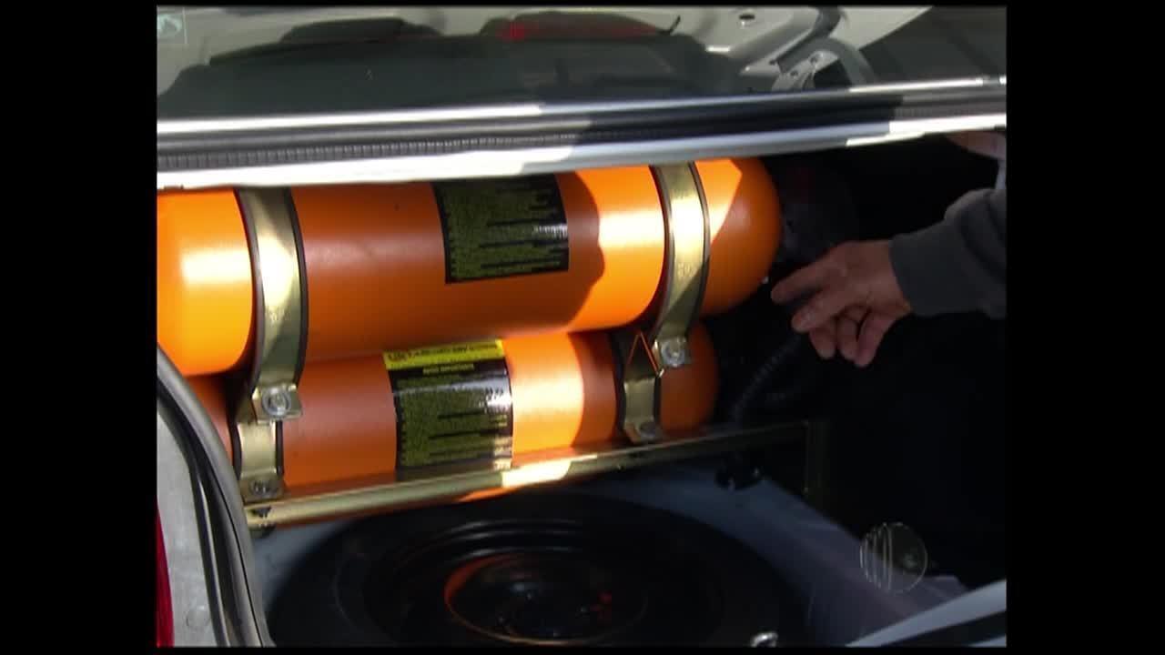 Carros que rodam com gás não sofrem com falta de combustível em Mogi das Cruzes