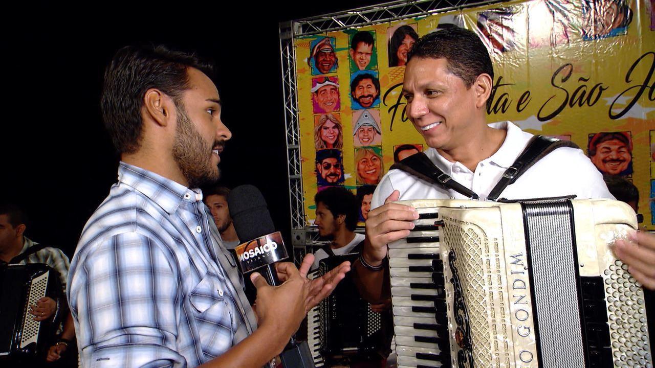 Artistas, como Targino Gondim gravam CD que valoriza o forró tradicional no São João