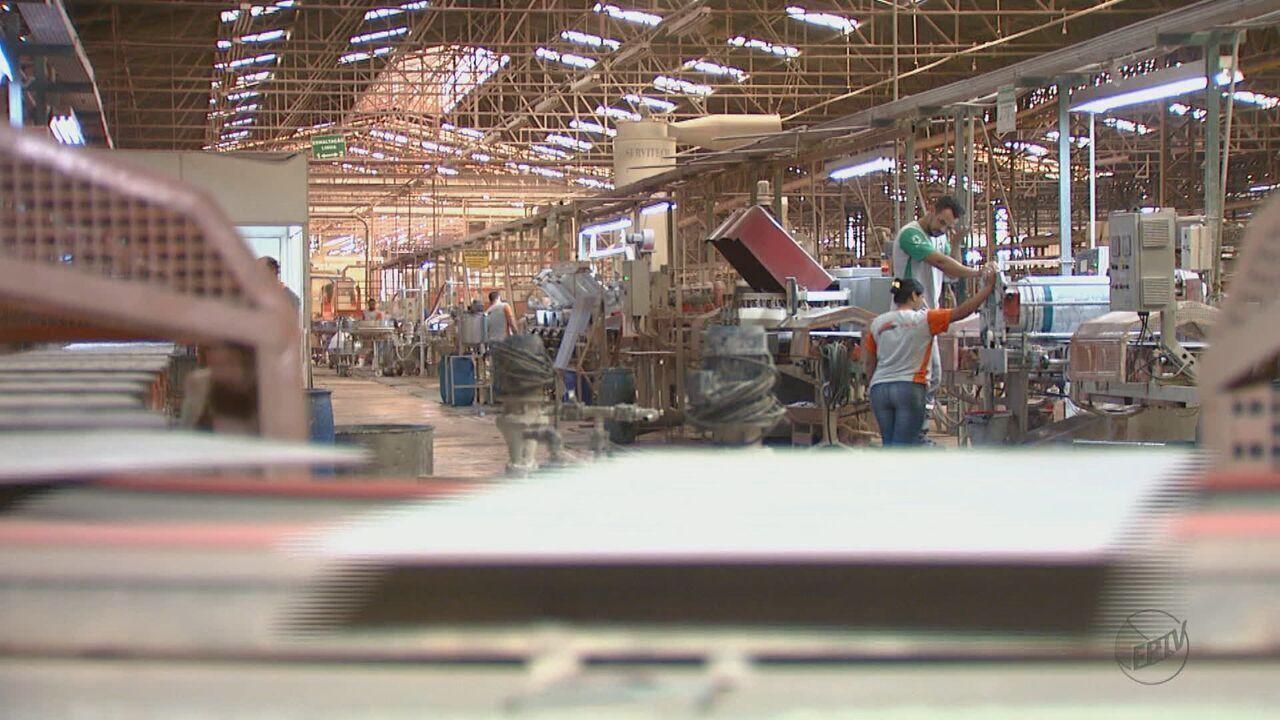 Cerâmicas de Santa Gertrudes suspendem produção e dão férias coletivas