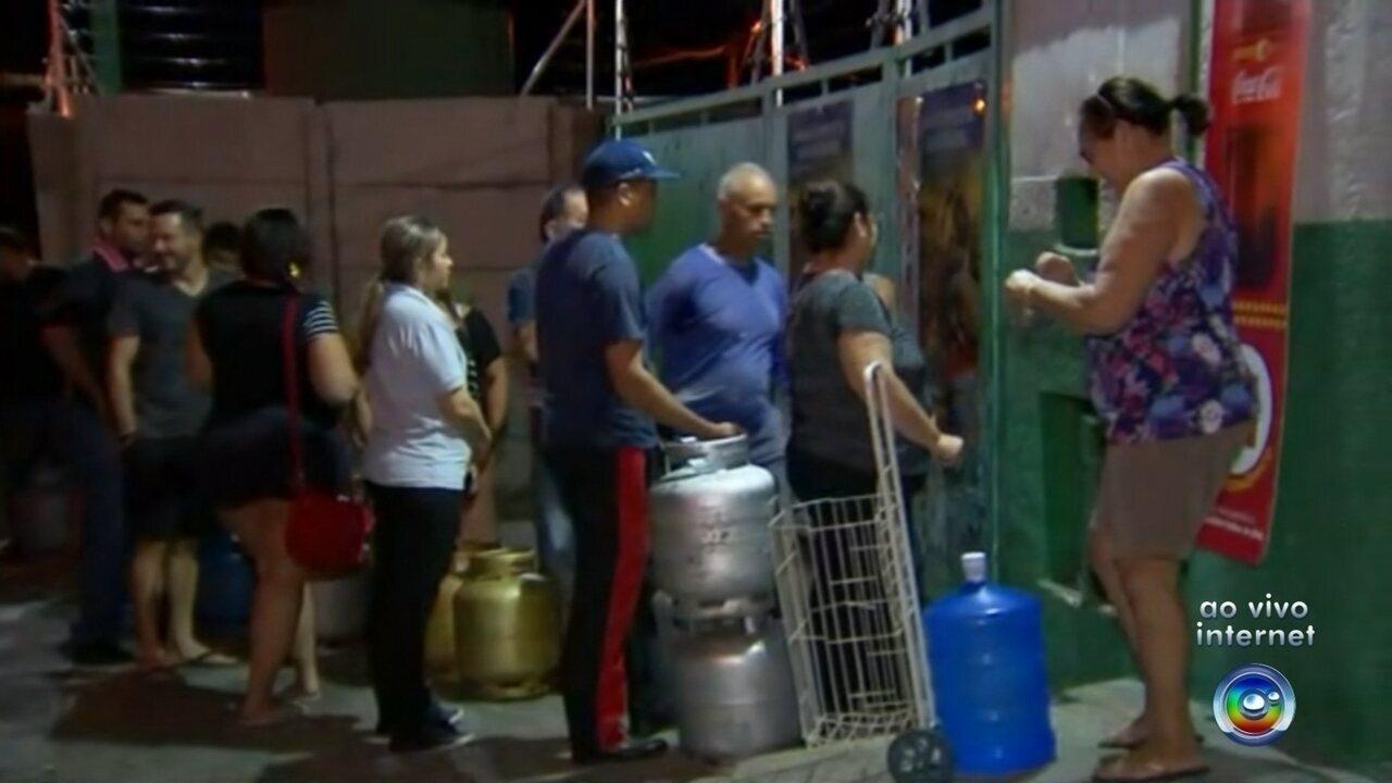 Caminhoneiros começam a deixar pontos de concentração no noroeste paulista