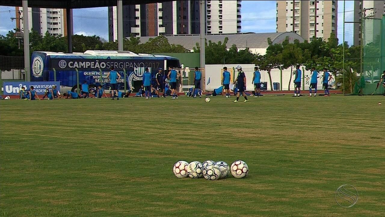 Técnico Luizinho Lopes recebe propostas do Remo e do Botafogo-PB, mas fica no Confiança