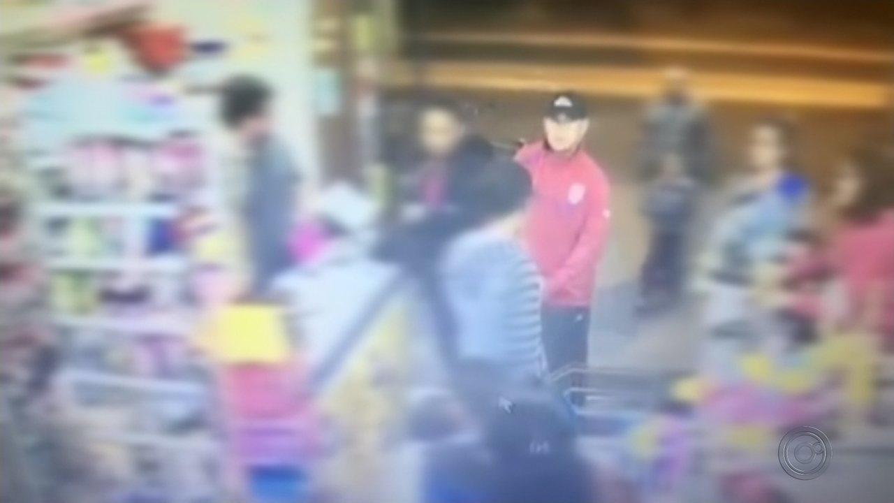 Mercado é assaltado em Marília e câmeras flagram a ação
