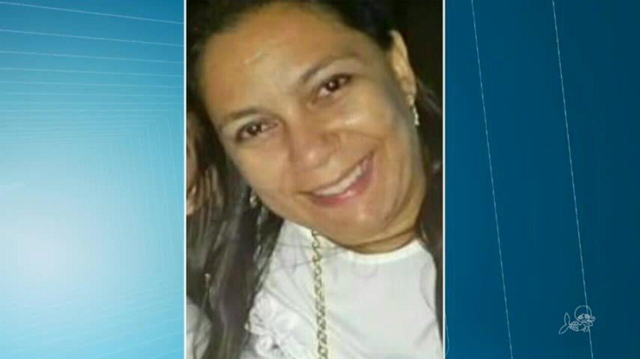 Mulher morre baleada durante abordagem da polícia