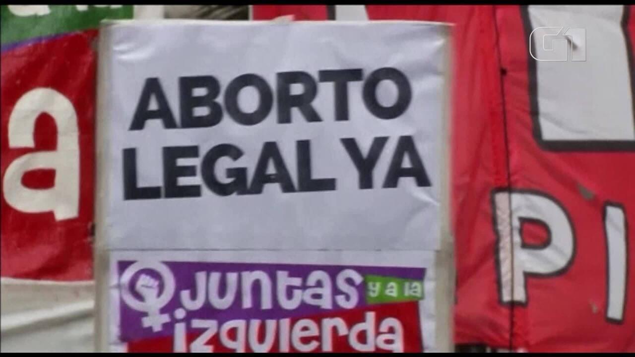 Câmara da Argentina vota polêmico projeto de legalização do aborto nesta quarta (13)