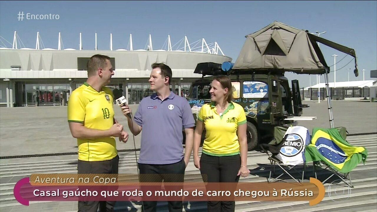 Casal roda o mundo de carro e vai assistir à Copa na Rússia