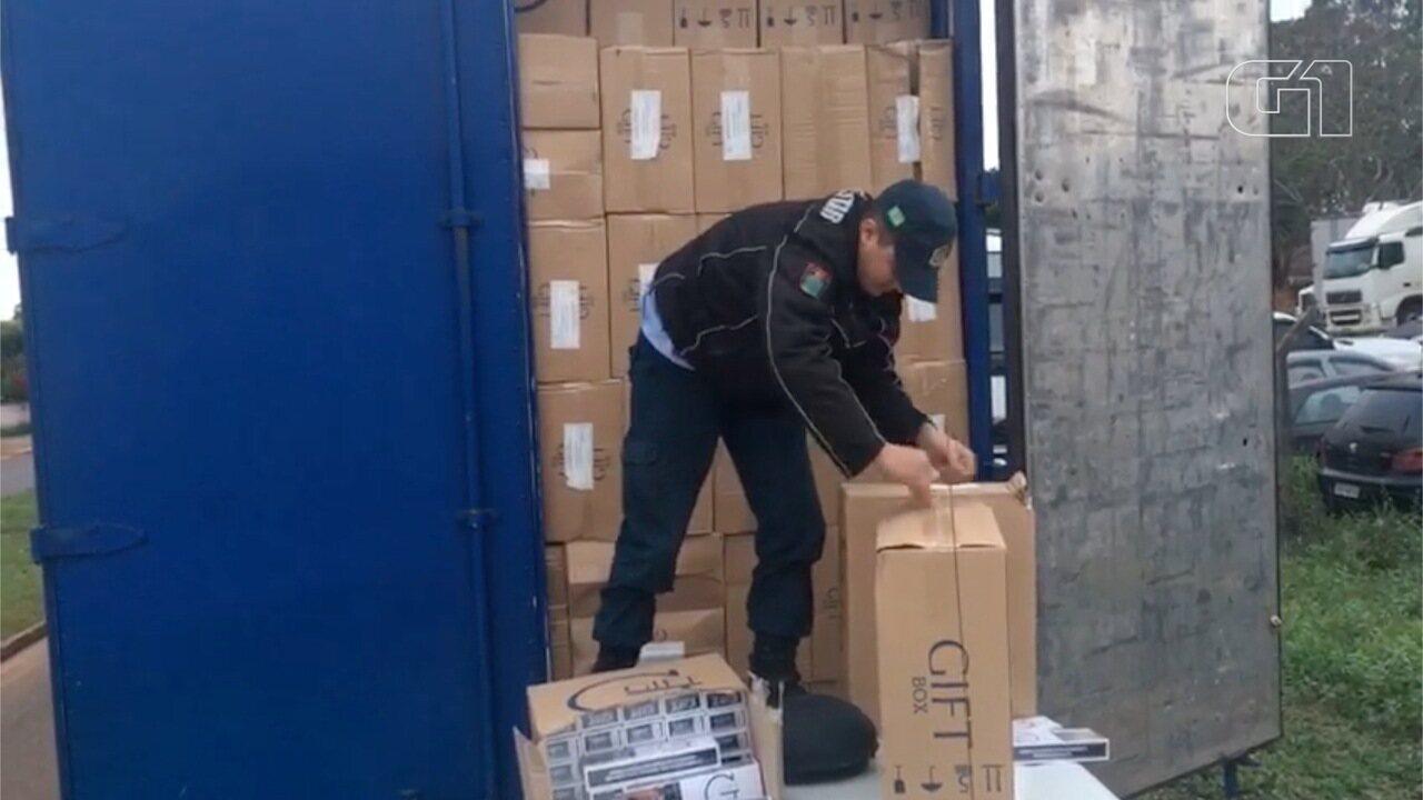 PRF apreende 1,5 mil caixas com cigarros contrabandeados no sul de MS