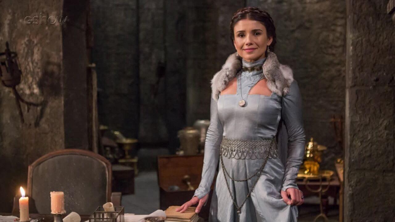 Paula Fernandes estreia como atriz em Deus Salve o Rei