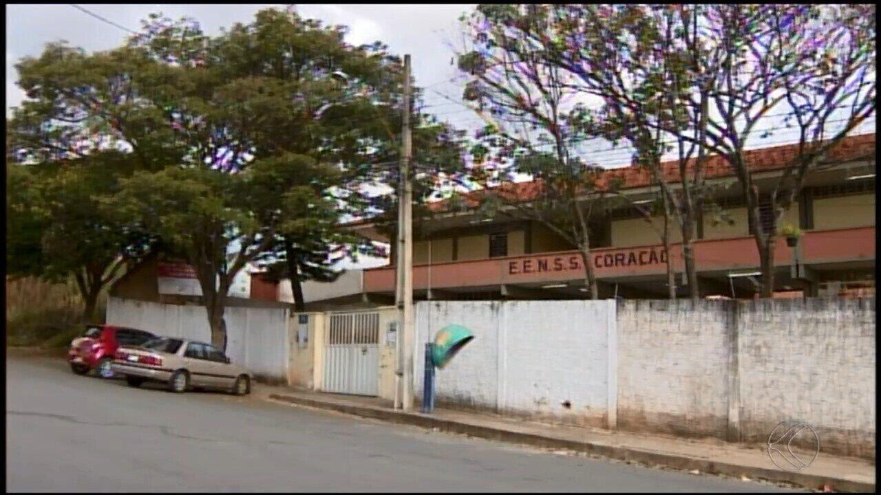 Com escolas estaduais paralisadas em Divinópolis, mais de 20 mil alunos sentem reflexos