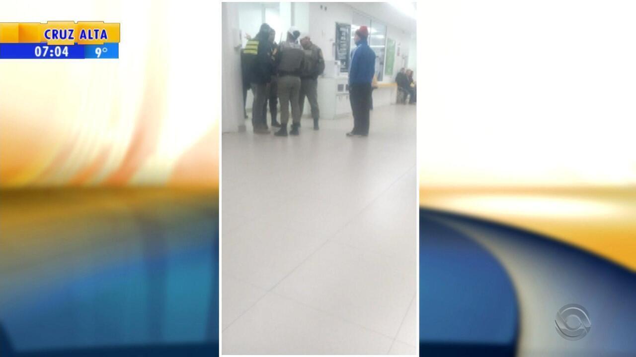 Hospital da Restinga registra confusão por conta da demora no atendimento